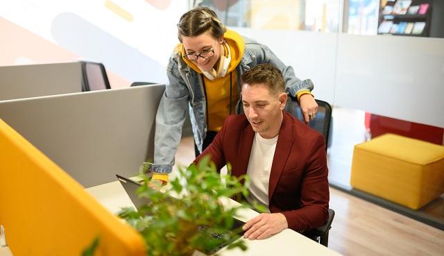 Avantages du coworking pour les freelances - Heyme