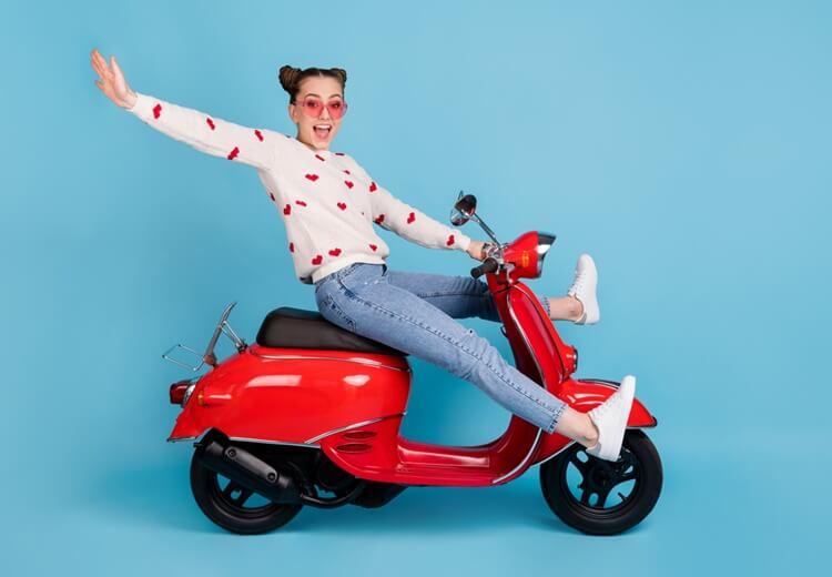Une assurance scooter sur mesure, c'est possible ! - Heyme